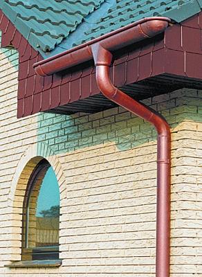 Пример установки водосточных труб