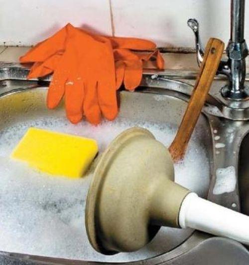Прочистка канализационных труб своими руками в частном