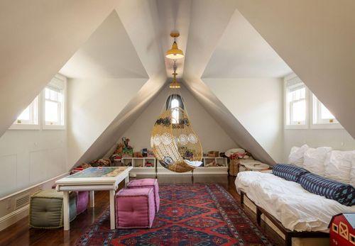 Чердачное помещение в качестве комнаты отдыха